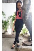 black jeans - hot pink top