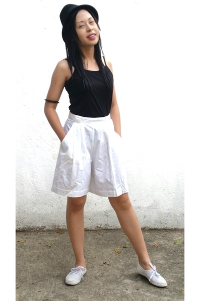 white Renew May Paris shorts
