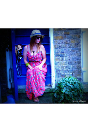 bubble gum maxi JARLO dress - cream straw hat H&M hat