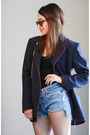 Navy-designer-blazer-valentino-blazer-light-blue-levis-shorts