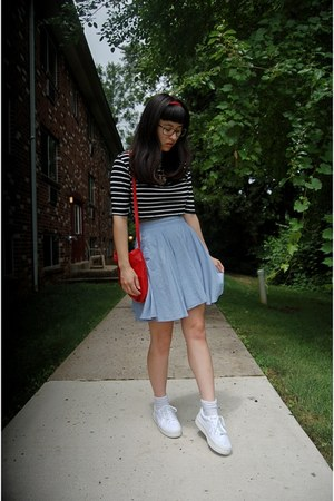 white platform Union Bay shoes - red thrifted bag - light blue skirt