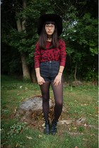 black cut out Italina boots - black H&M hat