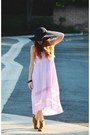 Bronze-candies-boots-light-purple-high-low-dress-black-floppy-hat