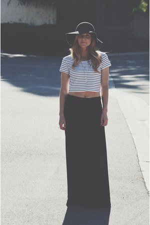 black floppy hat - white striped crop top - gray maxi skirt
