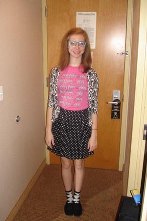 black oxfords shoes - aquamarine glasses - black skirt - bubble gum t-shirt