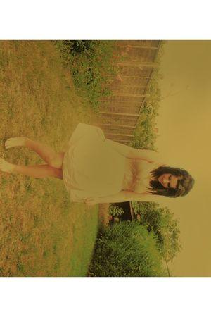 beige Topshop top - white new look skirt