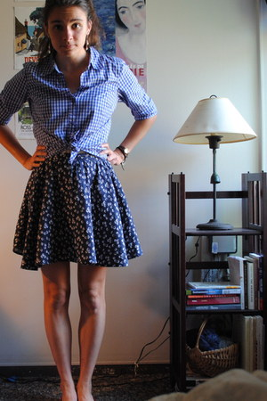 blue thrifted blouse - navy Urban Outfitters skirt