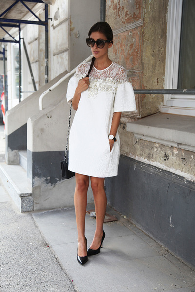 white Elisabetta Franchi dress