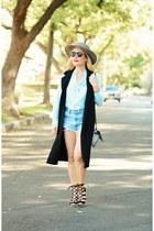 light blue cut offs Levis shorts - black long Nordstrom vest