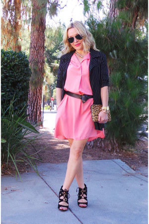 black trench Betsey Johnson blazer - salmon shirt dress Mango dress