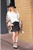 camel blanket Zara scarf - off white off shoulder Missguided sweater