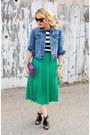 Blue-denim-levis-jacket-deep-purple-clutch-american-apparel-bag