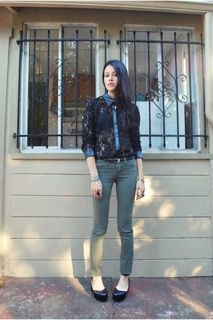 black Urban Outfitters shoes - army green old jeans - black stylestalker top