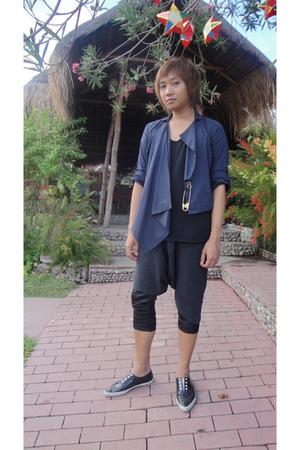 blue Giordano Concepts blazer - black Izzue top - beige don protasio accessories