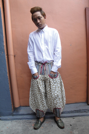 white Giordano Concepts shirt - brown thrifted pants - green Gucci shoes