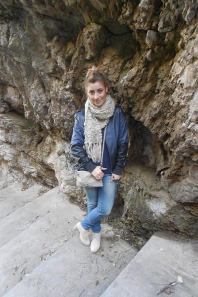 beige beige Primark scarf - blue denim Terranova jeans