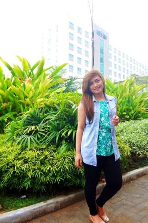 black leggings - blazer - green floral blouse - rose gold loafers