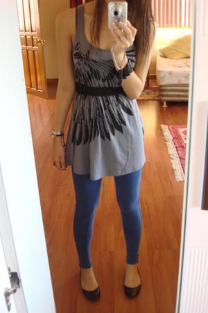 gray Promod top - blue Topshop leggings - black Aldo shoes - black belt
