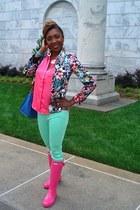Hunter boots - Zara blazer - H&M blouse - Urban Outfitters pants
