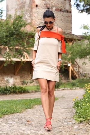atu body couture dress - poema sandals