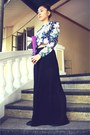 Blue-victorian-vintage-floral-top-black-zara-skirt-pants