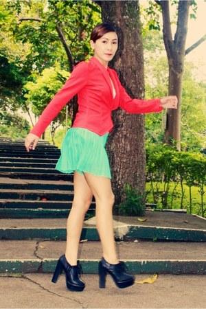 aquamarine Forever 21 skirt - black Primadonna boots - hot pink Apartment blazer