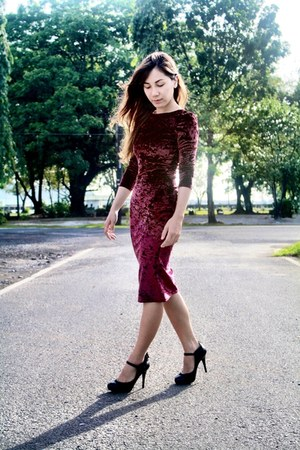 crimson Topshop velvet dress