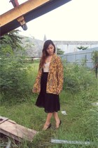 vintage blazer - Zara black skirt