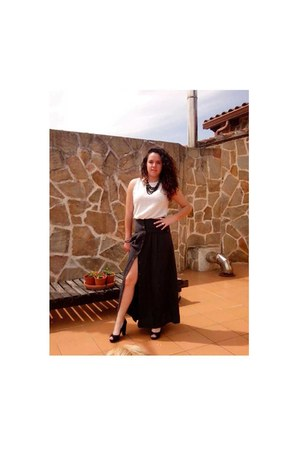 black Mango skirt - black Milano necklace - cream Zara blouse