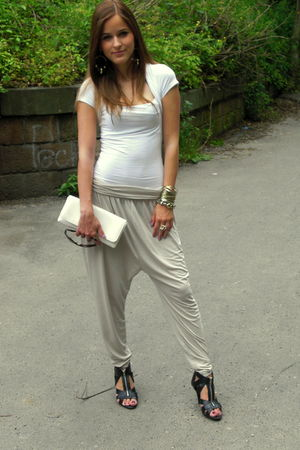 beige H&M pants - white Zara t-shirt - white shoes