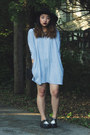 Black-creepers-tuk-shoes-heather-gray-t-shirt-gap-dress