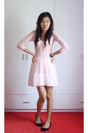 light pink dress - black shoes