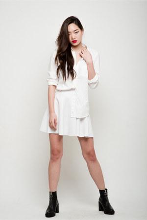 Monki clogs - Gap shirt - Monki skirt