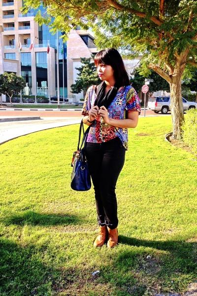 black plain black Gap scarf - mustard ankle boots Bershka boots - blue H&M bag