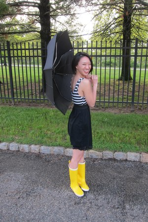 yellow rainboots Tretorn boots - white Love Culture dress - black josie intimate