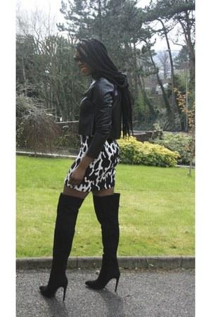 cow print Zara skirt - Zara boots