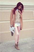 nude coat - peach jeans