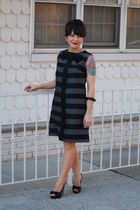 gray Dustyrosevintage dress - black f21 shoes