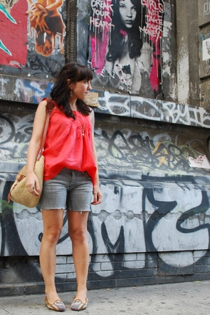 kensie top - Roxy shorts - vintage purse - vintage shoes
