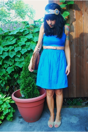 kensie dress - UO belt - stopp sale scarf - vintage purse