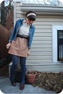 Brown-vintage-dress-blue-thrifted-belt-blue-hue-tights-brown-martinelli-sh