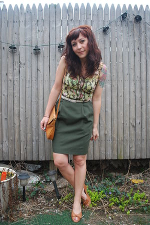 green vintage skirt - brown Mac & Jac blouse - beige vintage shoes - beige vinta