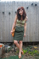 green vintage skirt - beige vintage shoes - beige vintage bag