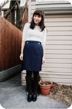 blue vintage skirt - white vintage sweater - black vintage shoes