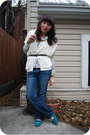 Blue-aldo-shoes-blue-roxy-jeans-white-earl-jeans-shirt-white-kensiegirl-ca