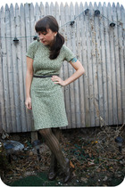 green vintage dress - green free people stockings - gray seychelles shoes