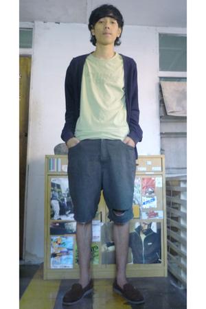 sweater - shirt - shorts - shoes
