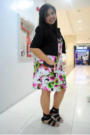 floral print Pink Manila dress - Bayo blazer - sandals