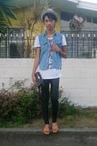 leather leggings - floral print hat - printed shirt - bag - ring - flats
