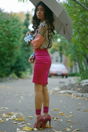 hot pink pencil Arden B skirt - hot pink Anthropologie socks
